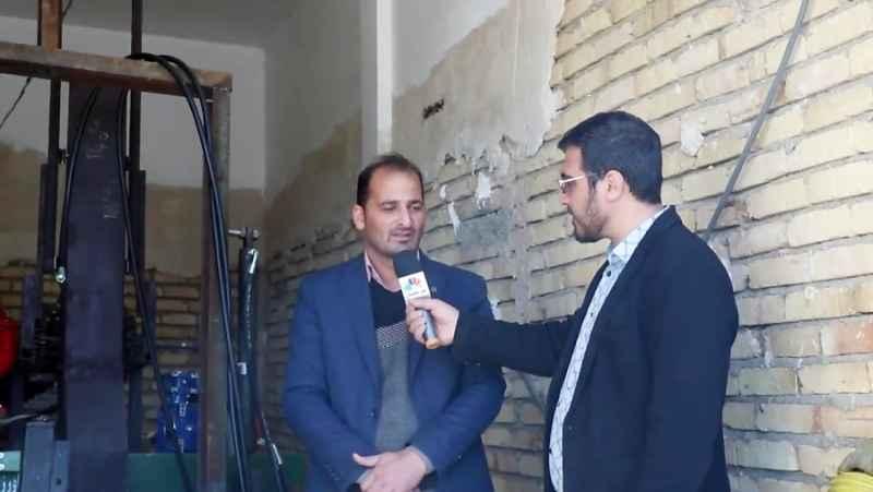 گفتگو با مالک علی پور قیه باشی مخترع دستگاه تمام اتوماتیک کاشت نهال و درخت