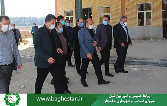 بزرگترین میدان میوه و تره بار غرب استان تهران درباغستان درحال احداث است.