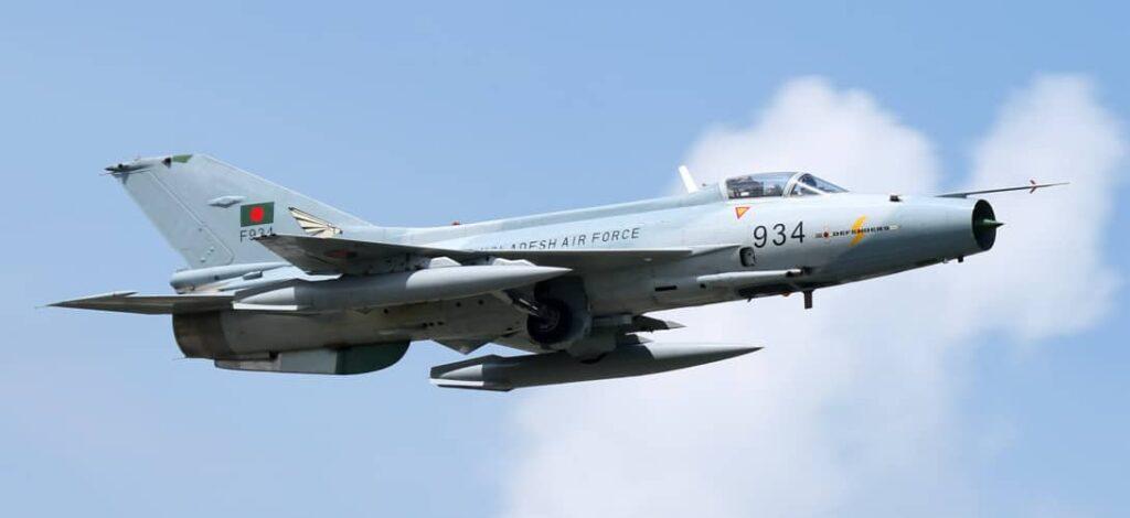 مروری بر قدرت نیروی هوایی اژدهای سرخ/ ۲ جنگنده قدرتمند ارتش چین را بشناسید/ عکس