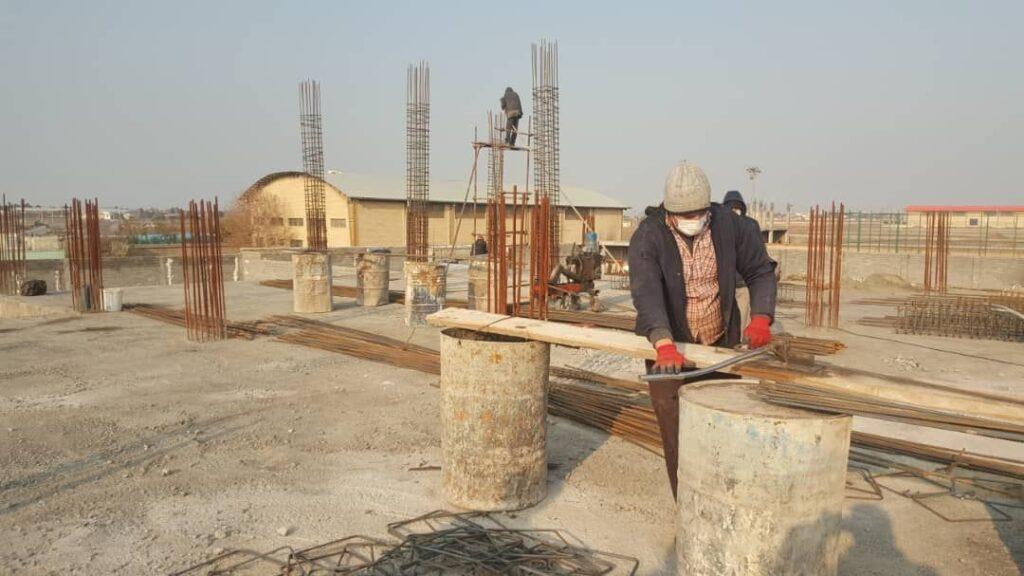 حسن رنجبر،شهردارباغستان از آغاز عملیات بتن ریزی سقف دوم #درمانگاهنصیرآبادخبرداد.