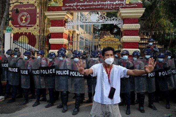 صفحه ارتش میانمار در فیسبوک مسدود شد
