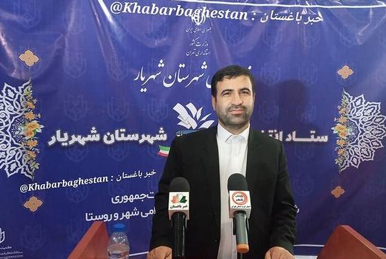 بهروز اسدی (ساکن نصیرآباد) در ستاد انتخابات شهرستان شهریار