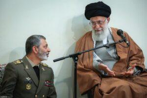 حضرت آیت الله خامنه ای رهبر انقلاب اسلامی