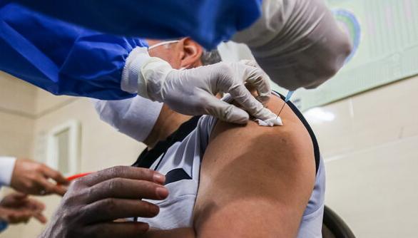 افتتاح هشتاد و یکمین مرکز تجمیعی واکسیناسیون پایتخت در منطقه ۶