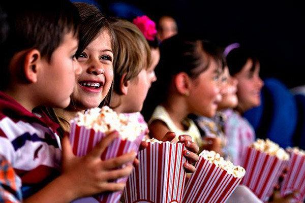 خانوادههاچرا برای بردن بچهها به سینما ریسک کنند؟/کرونا مقصرنیست