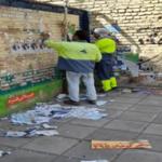پاکسازی شهر از آثار تبلیغات پس از پایان ساعت رسمی انتخابات شروع شد