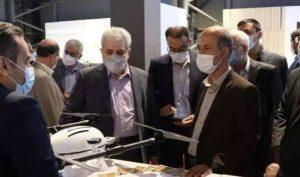 بازدید وزیر نیرو از خانه نوآوری و فناوری ایران