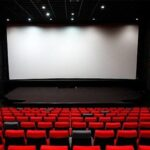 ترجیح سینماداران تعطیلی «سینما» است؟/ فروش ۱۰۰ بلیت در یک هفته!